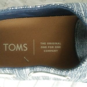 Tom's Shoes - Tom's